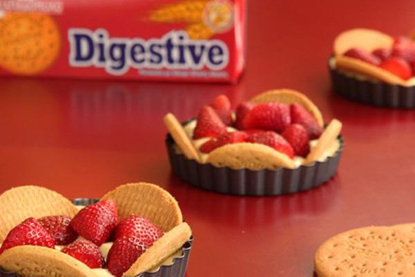 Τάρτα Φράουλας με «Digestive» ΠΑΠΑΔΟΠΟΥΛΟΥ