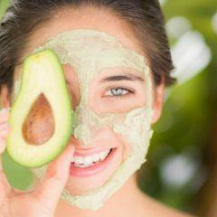 10 τρόφιμα που θα κρατήσουν το δέρμα σας λαμπερό και υγιή
