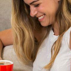Ντεκαφεϊνέ στιγμιαίος καφές: Να πίνουμε ή όχι;